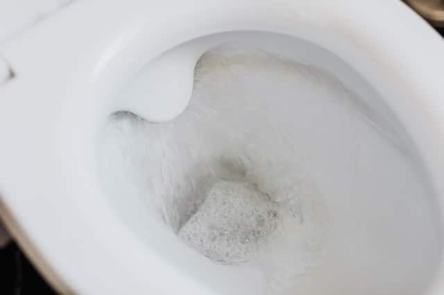 evitar desborde inodoro